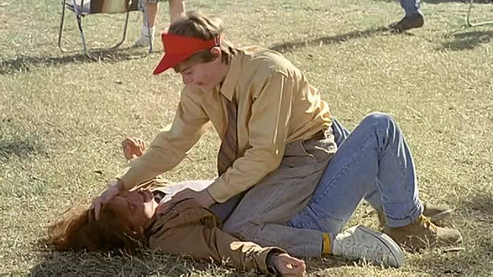 Gilbert'in Hayalleri (1993) fragmanı